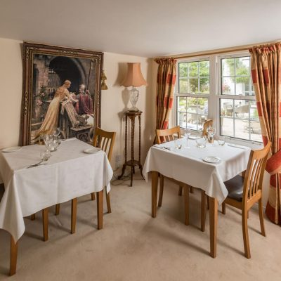 Spacious Dining at Sark